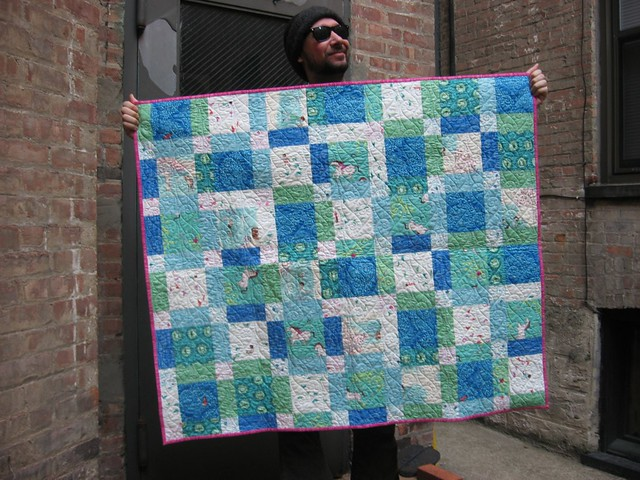 Restless Grace: Wee Wander Disappearing Nine Patch - A Baby Quilt : disappearing patch quilt - Adamdwight.com