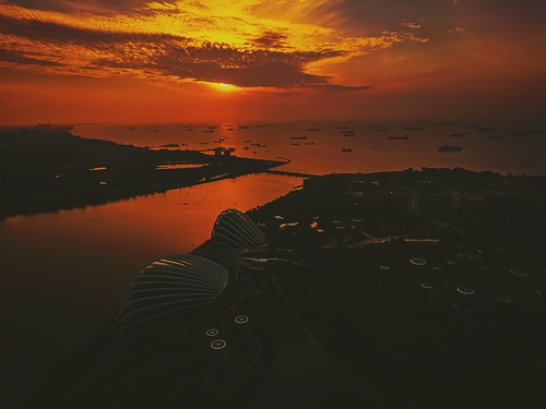 sun flickrtravelaward xperiaxz outdoor morning mbs pleasant skyscraper sunrise singapore island water