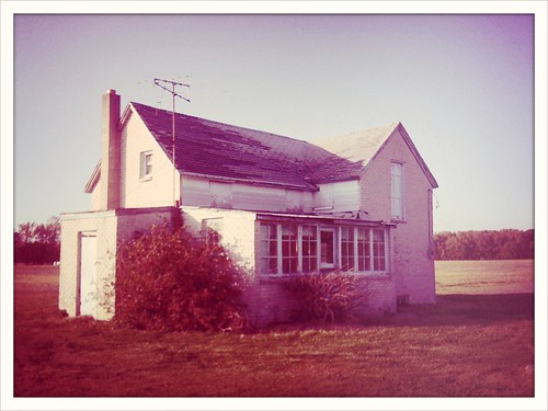 cameraphone old house abandoned vintage farm crossprocess empty delaware iphone iluviphone iphoneography