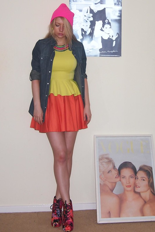 Neon, Sam Muses, Primark, Peplum, Fluoro, Fluorescent, Mini Skirt, River Island, Yellow, Orange, Aztec, Collar Necklace, Beanie, New Look, Lita Dupes, Denim Shirt