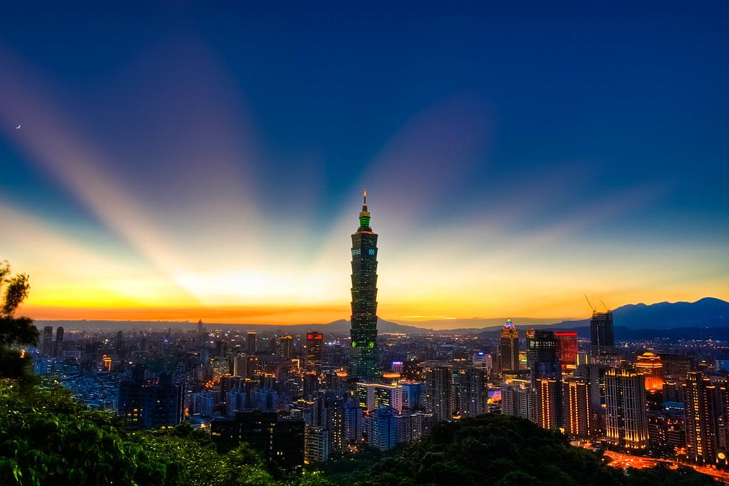 台北101◎霞光