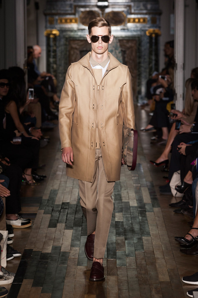 SS14 Paris Valentino025_Dan Kling(fashionising.com)