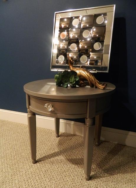 gold glazed table