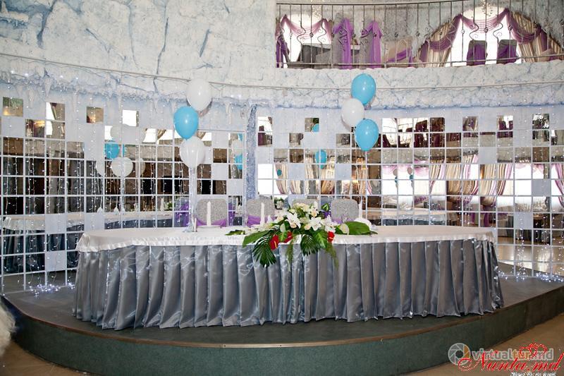 """Casa Nunţii VICTORIA > Foto din galeria `RESTAURANTUL """"ICEBERG""""`"""