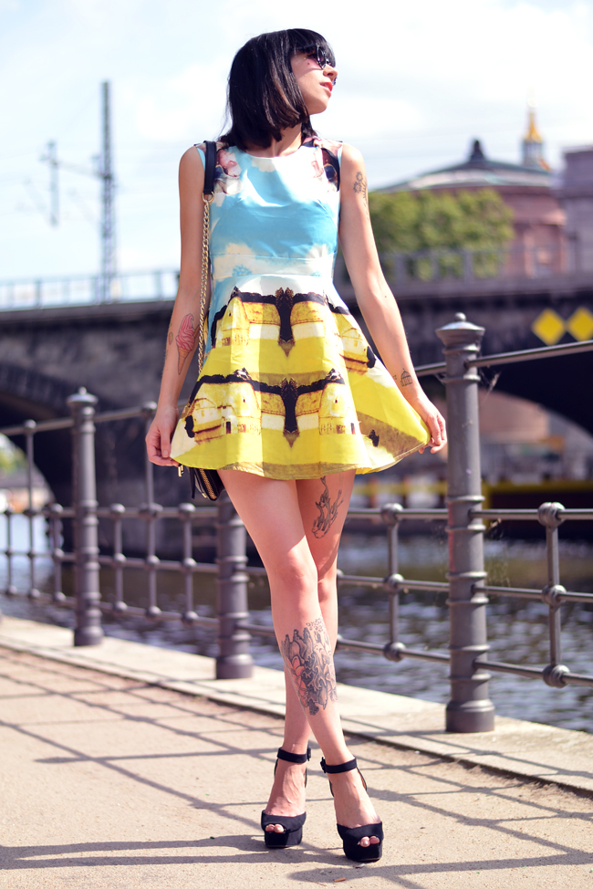 Chicwish dress Berlin Mitte Outfit 9