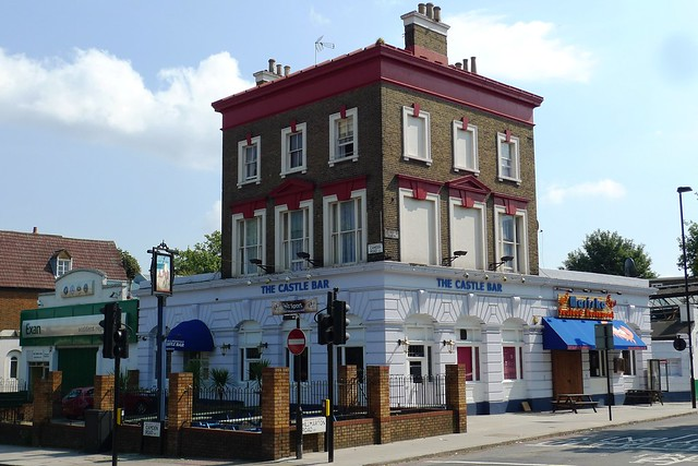 Castle Bar, Holloway, N7