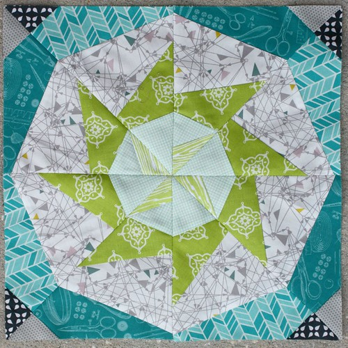 Lucky Stars Block of the Month for September: The Windmill Star