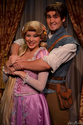 Flynn Rider Disney World 2013 Rapunzel and flynn riderFlynn Rider Disney World 2013