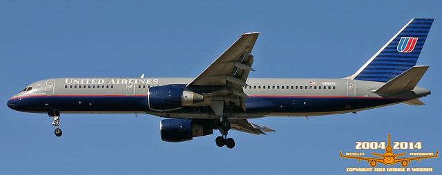 United Airlines Boeing 757-222 N581UA S/N:26701 L/N:543 F/N:5681