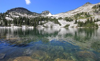 gorgeous Beehive Lake