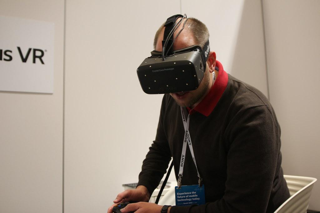 ba35bf0cefa9 ... CES 2014  Oculus Rift