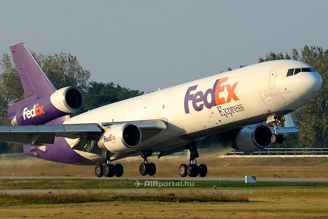 Felvásárolná a FedEx a TNT Express részvényeit
