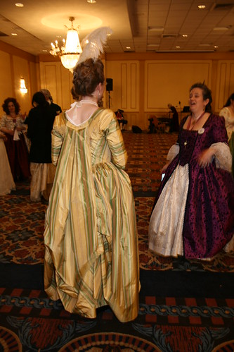 1780s Robe a la Piemontaise - Back Looped Up