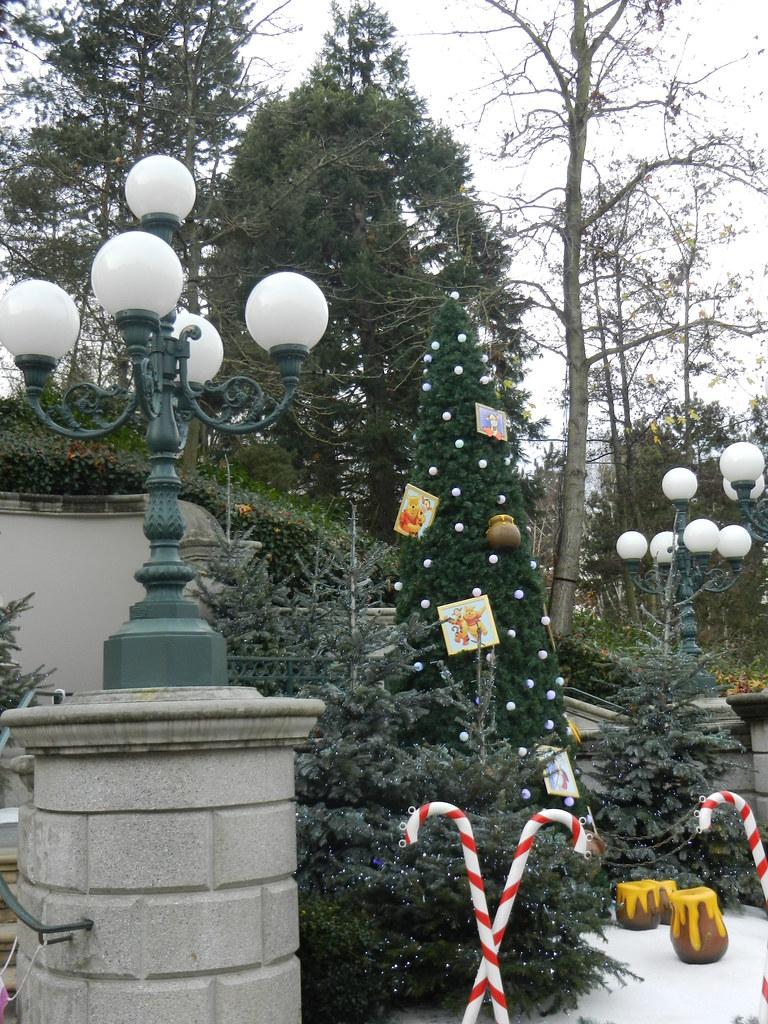 Un séjour pour la Noël à Disneyland et au Royaume d'Arendelle.... - Page 3 13670603903_2698a33f9b_b