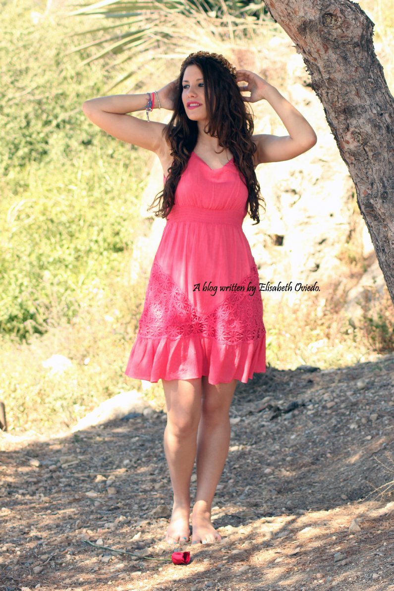 Rosalita-Mc-Gee-HEELSANDROSES-vestido-coral-primavera-verano-2014-(2)