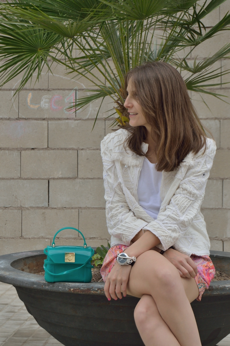 lara-vazquez-madlula-blog-fashion-details-green-look
