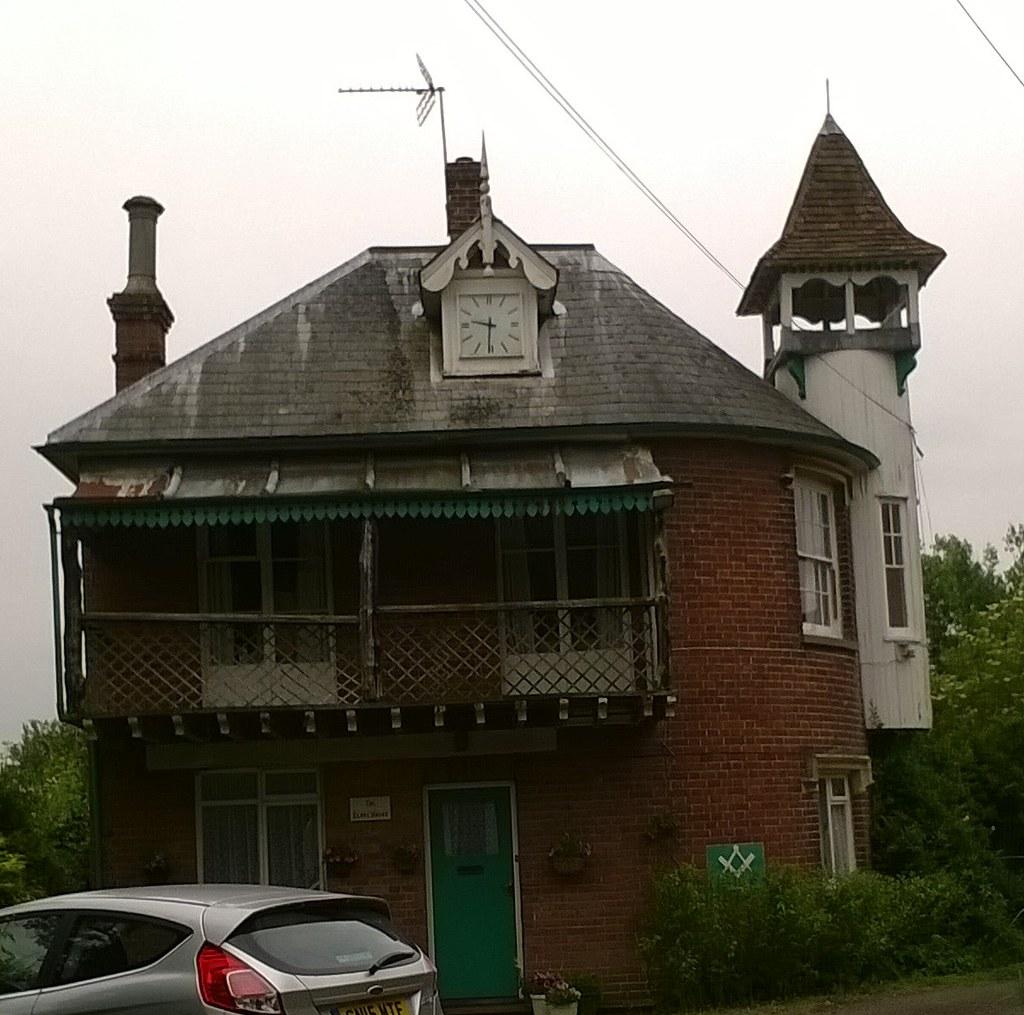 Interesting building Nearing Hadlow