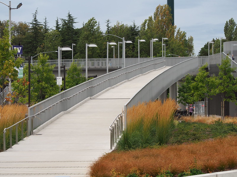 Pedestrian/Bicycle Overpass: Allows non-motorized transport over Montlake Boulevard.