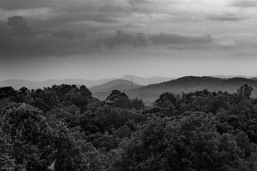 romance mountains blueridgemountains blackandwhite theredhorseinn greenville sc landrum