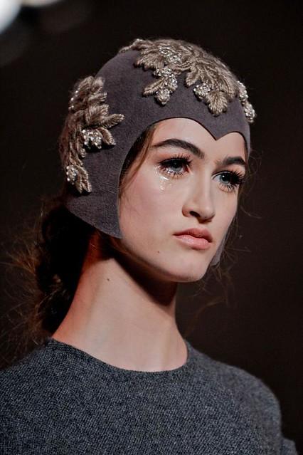 ulyana-sergeenko-details-haute-couture-autumn-2013----pfw30