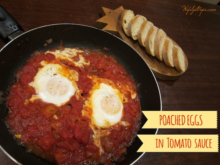 Poached Eggs in Tomato Sauce: Dinner is served.