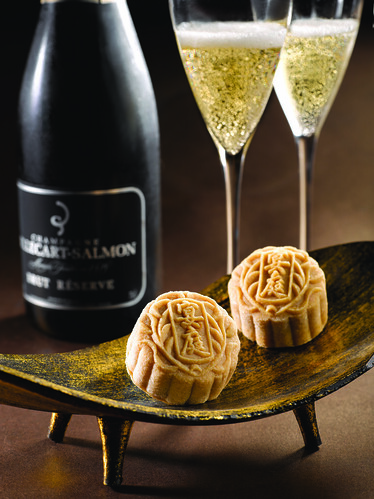 St Regis' Royal Milk Tea Snowskin Mooncake with Red Bean Paste and White Chocolate Champagne Truffle