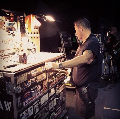 Guitar Teching Rock in Rio 2014 Photo Lef Carrol IV