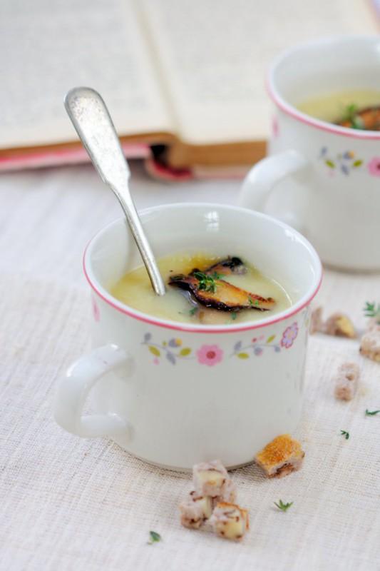 roasted apple-parnsip soup