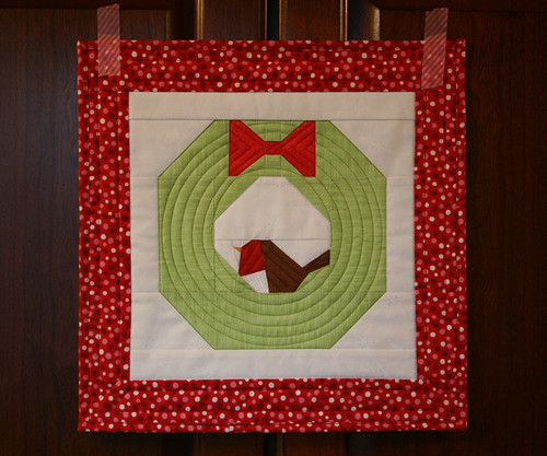 xmas wreath mini quilt 1