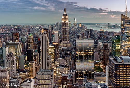 nyc sunset usa ny newyork building skyline sunrise contraluz atardecer nikon nightshot manhattan kingkong empirestate rockefeller topoftherock anochecer nuevayork eeuu quintaavenida d700 algopararecordar