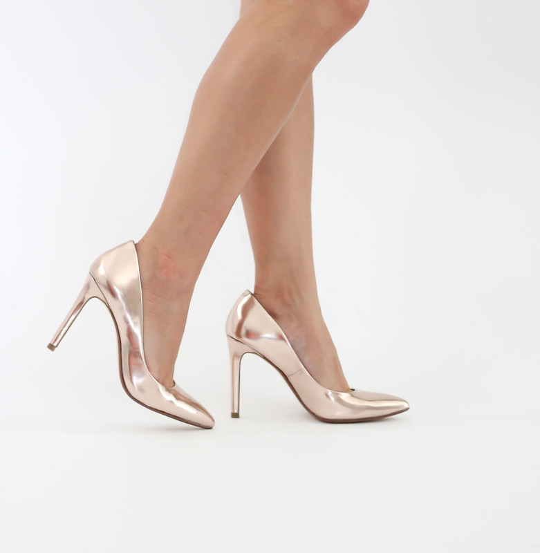 Banana Republic Ninah Metallic Pumps