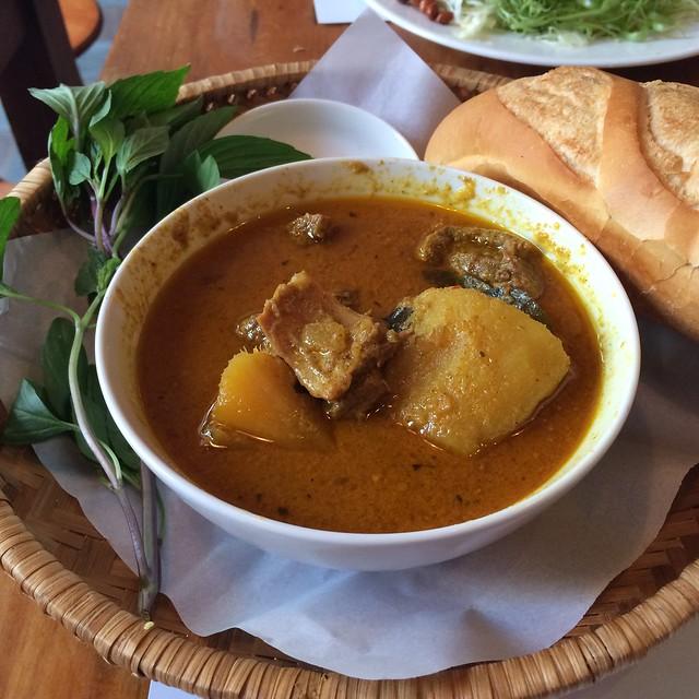 Duck curry - Duck Deli