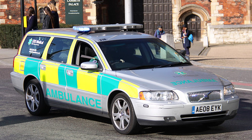 ERS Medical Volvo V70 Rapid Response Vehicle - AE08 EYK