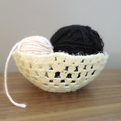 Iron Craft '14 Challenge 6 - Crocheted Bowls