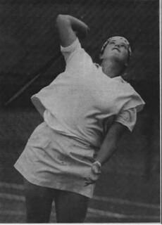 Travis celebrates two decades as men's tennis coach