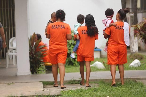 Ministra do STJ autoriza mulher de Cabral a cumprir prisão em casa