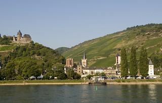 Fortalezas medievales, suntuosas residencias, tranquilas abadías