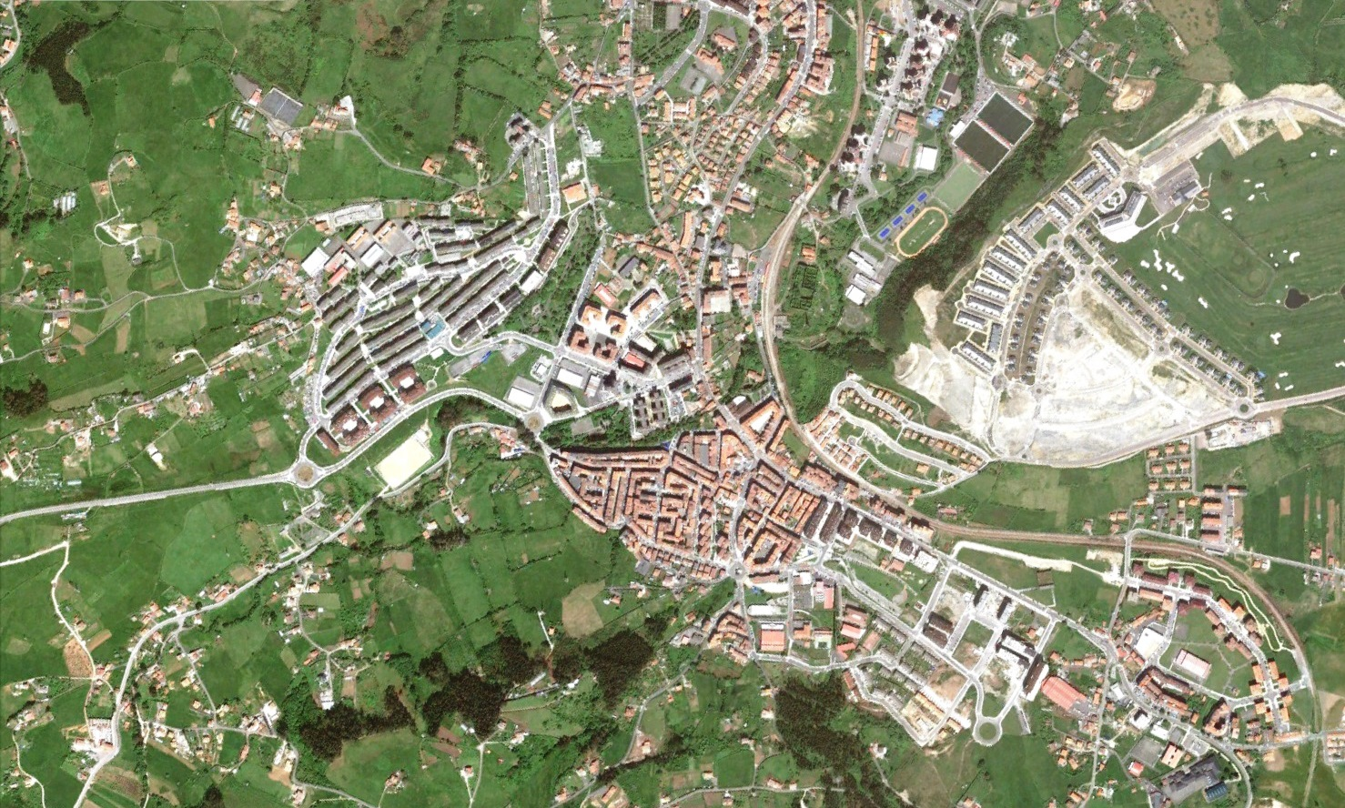 después, urbanismo, foto aérea,desastre, urbanístico, planeamiento, urbano, construcción,Avilés, Asturias