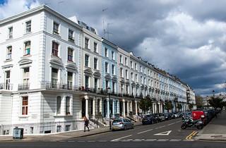 Arundel Gardens Street et ses belles maisons colorées