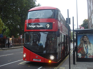 London United LT80 (LTZ1080) on Route 9, Hammersmith