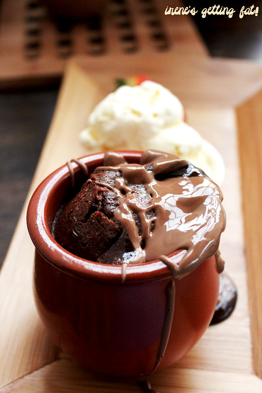 the-choc-pot-molten-choc-pot (2)