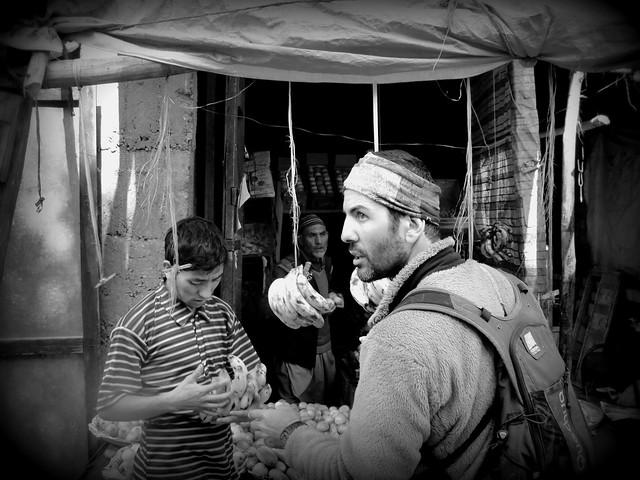 Στις μουσουλμανικές κοινότητες στα όρια του Kashmir!