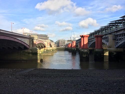 <p>Blackfriars bridge at low tide</p>