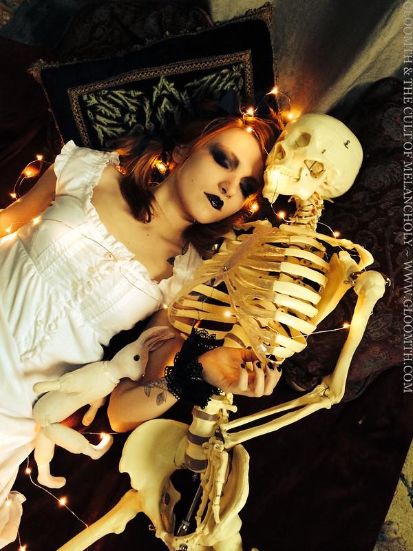 Skeleton Valentine