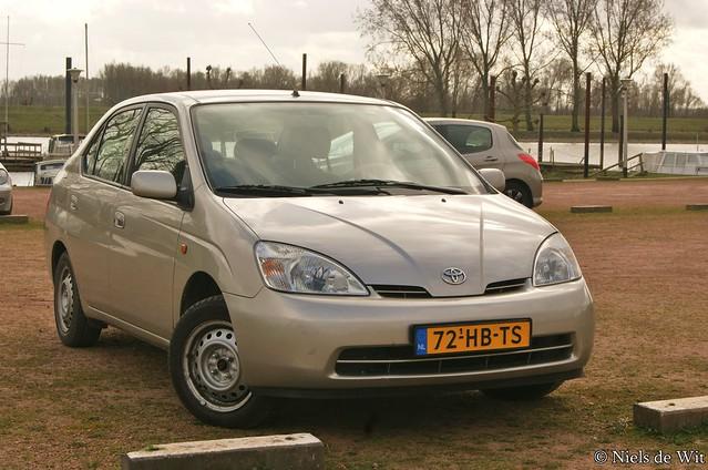 Prius (XW10)