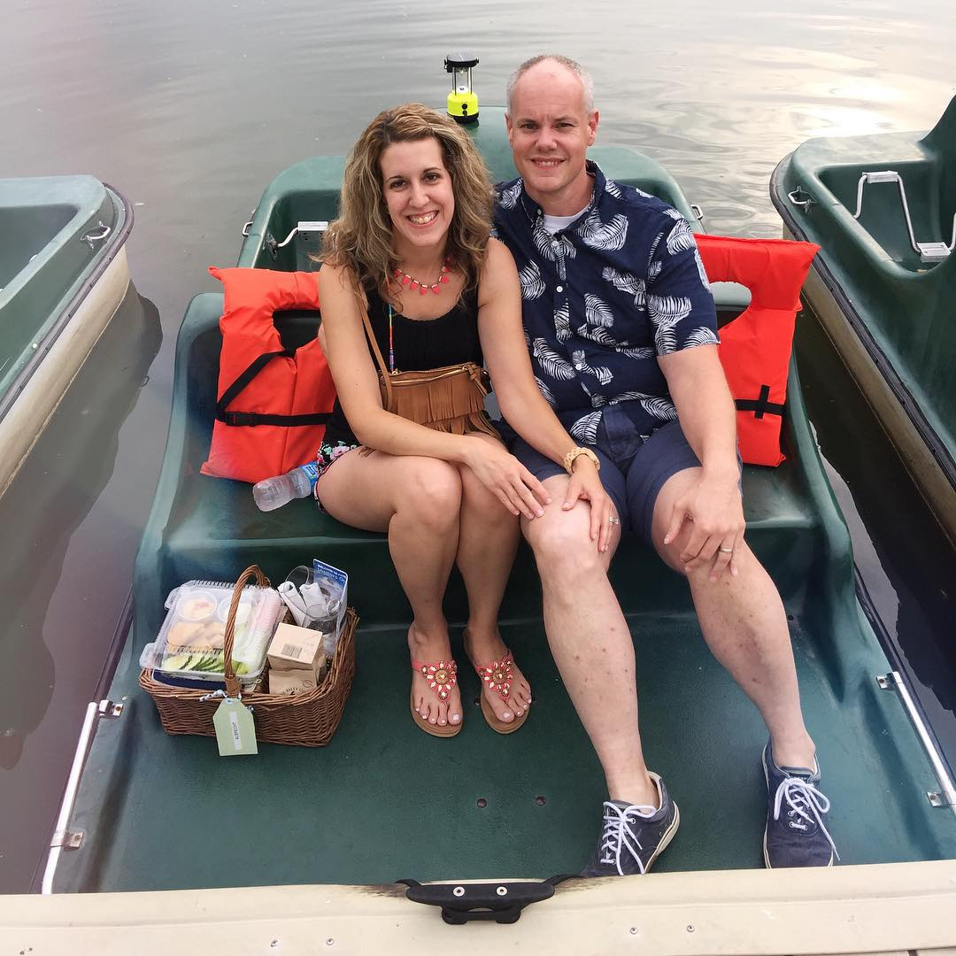 We're on a boat!!!! 🚣🚣🚣💙💙💙 our fourth year doing the Moonlight Sunset Paddleboat picnic!! So awesome!!! So romantic!!! #Paddleboat #boathouse #picnic #briancarrieforever