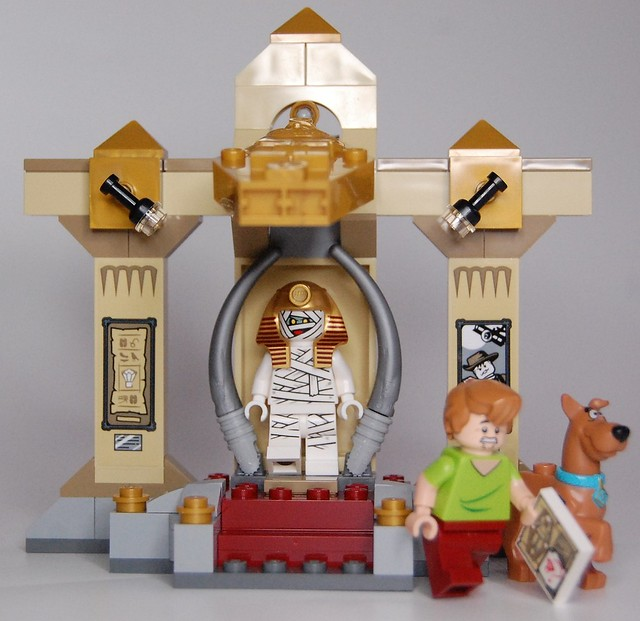 Review - 75900 Scooby-Doo:Mummy Museum Mystery από BRICKSET 19864508335_b873d03783_z