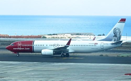 EI-FHY  'Norwegian Air Shuttle' Boeing 737-8JP on 'Dennis Basford's railsroadsrunways.blogspot.co.uk'