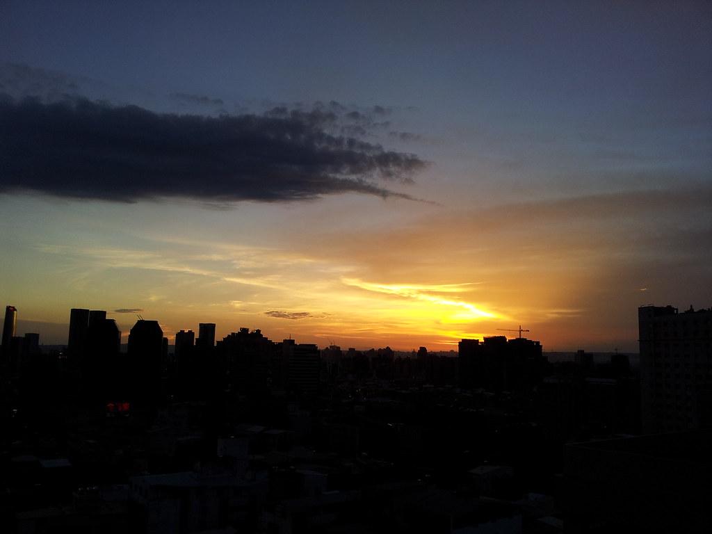 城市夕陽-一張流
