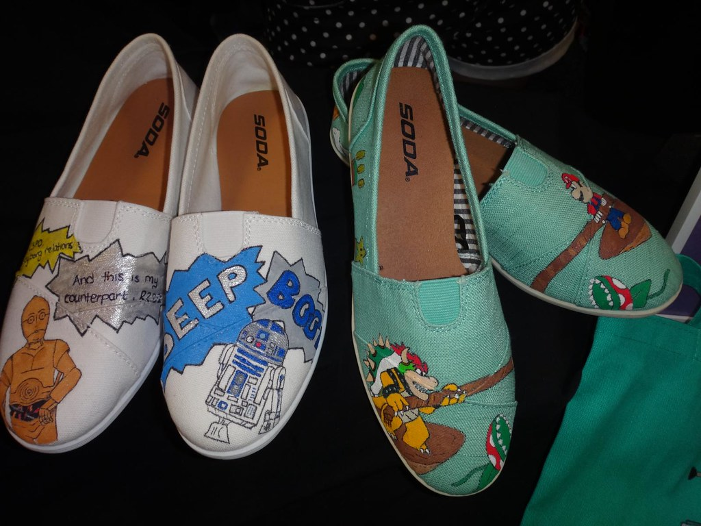 Boston Comic Con 2013 Ever Be Creations custom Star Wars and Mario shoes